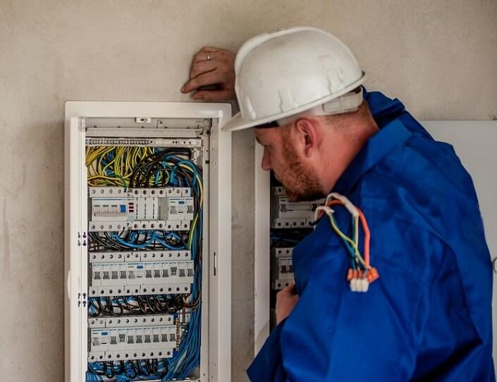 Men Repairing